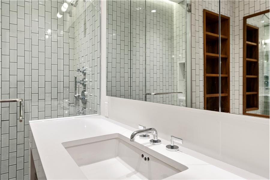 NYC Residential Construction: Fifth Avenue / Central Park